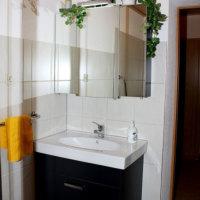 Bild Waschtisch im Bad