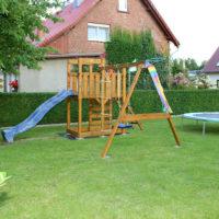 Bild Kinderspielplatz im Garten