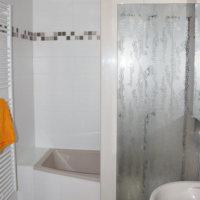 Bild Bad mit Wanne